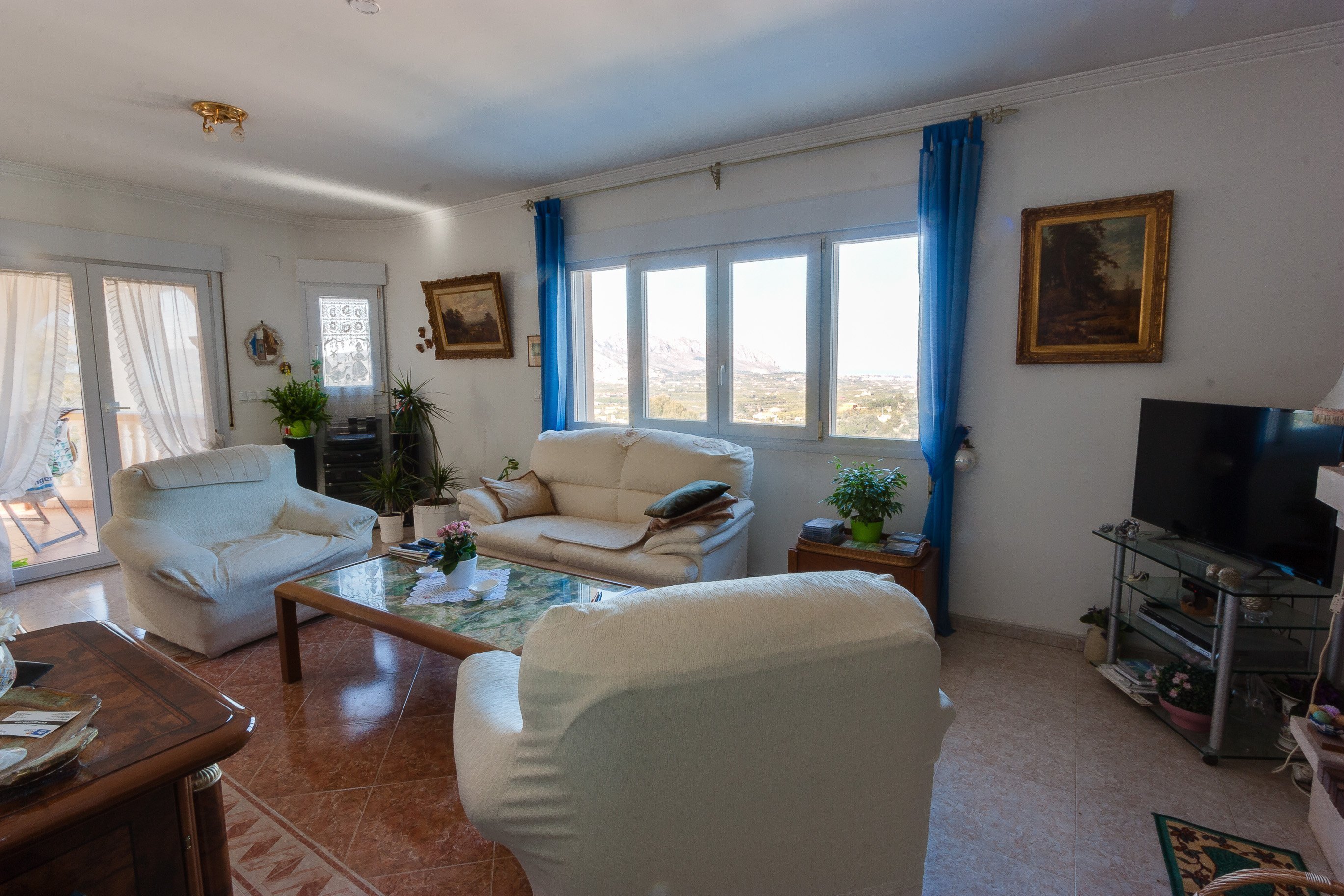 For Sale. Villa/ Detached House in Orba